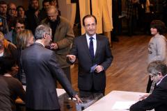 Spanish woes overshadow French poll crisis