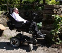 Hawking addresses Canadian think tank