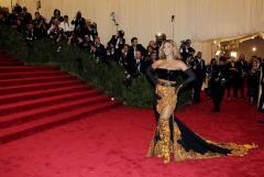 Beyonce, Kardashian, Danes dazzle at Met gala in NYC