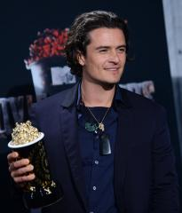 Orlando Bloom throws punch at Justin Bieber at Ibiza restaurant