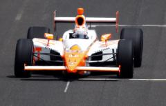 IndyCar driver Dan Wheldon killed in wreck