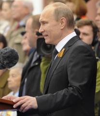 Putin and Turkish prime minister discuss Ukrainian crisis
