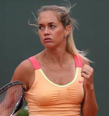 Li, Zakopalova to meet in Shenzhen final