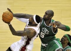 NBA: Boston 104, Cleveland 86