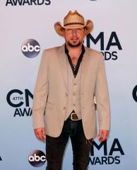 Jason Aldean, former mistress Brittany Kerr make their red carpet debut as a couple