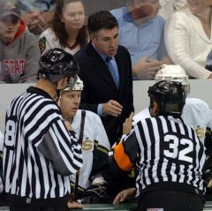 Stars extend coach Tippett's contract
