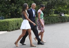 See the Obamas arrive in Martha's Vineyard for vacation