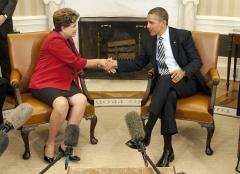 Obama focus on economy in Latam summit