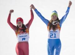 Olympic first: Gisin, Maze tie for gold in women's downhill