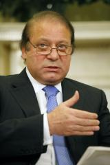 Pakistan PM Nawaz returns to Islamabad; death toll reaches 13