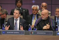 At NATO meeting, foreign ministers agree to bolster Ukraine's security