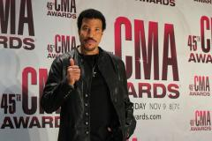 Country stars line up for Lionel Richie special