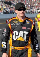 Burton sticking with Childress racing team