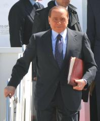 Berlusconi claims new affidavit will overturn tax-dodge conviction