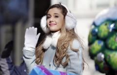 Ariana Grande dishes on her first date with Nathan Sykes
