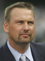 Ex-Cub Mark Grace heads to jail for DUI