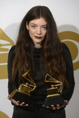 Lorde is curating the 'Mockingjay' film soundtrack album