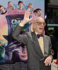 Irish actor David Kelly dead at 82