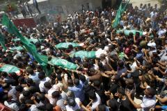 Israel, Gaza trade aerial attacks