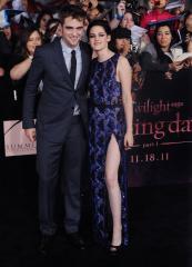 Kristen Stewart will welcome the new year with Robert Pattinson