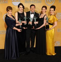 'Downton Abbey,' Cranston, Danes win SAG Awards for television drama