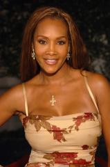Vivica A. Fox named 'Cougar' host