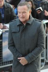 Robin Williams, Sarah Michelle Gellar to star in sitcom