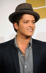 'Grenade' tops U.S. record chart