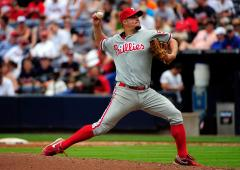 Dodgers add pitcher Blanton from Phillies