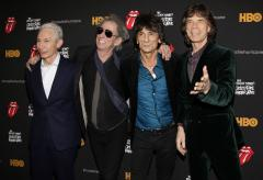 Rocker Mick Jagger reads 'Late Show' Top 10 list