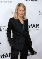 Sharon Stone to star in TNT pilot 'Agent X'