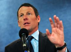 Lance Armstrong draws 'missing testicle' card playing Cards Against Humanity