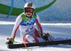 Austria's Fenninger wins super-combined