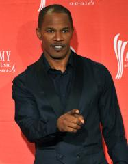 Jamie Foxx tapped to be BET Awards host