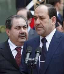 Iraq's Maliki ousts Kurdish foreign minister Zebari, installs Shiite replacement
