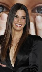 'Loud' role lured new mom Bullock back to work