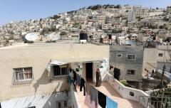 Mayor backs East Jerusalem settlement