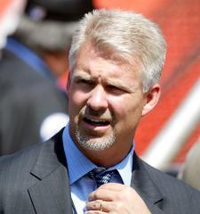 ESPN fires baseball analyst Steve Phillips