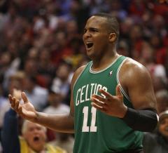 Celtics forward sidelined by broken thumb