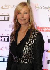 Bo Derek, Raquel Welch head to 'CSI'