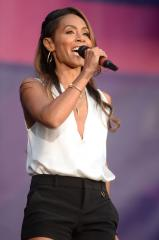 Jada Pinkett Smith talks about past addiction issues