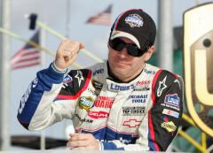 Hamlin wins race, Johnson wins title