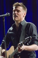 Bryan Adams' photos on display in N.Y.
