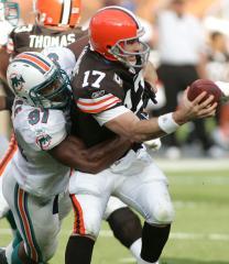 NFL: Cleveland 13, Miami 10