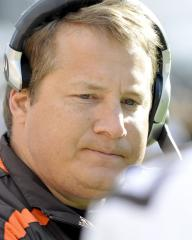 Mangini to return as Browns coach