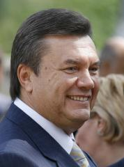 Ex-leader rips current Ukraine government