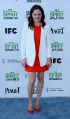 Elisabeth Moss addresses 'True Detective' rumors