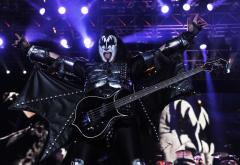 Kiss and Def Leppard announce tour for summer 2014