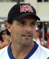 Flutie, 4 others to join CFL Hall of Fame