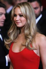 Jennifer Lawrence to read Oscar nominations